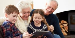 5 Tips For Keeping Kids Connected With Grandparents During the Pandemic